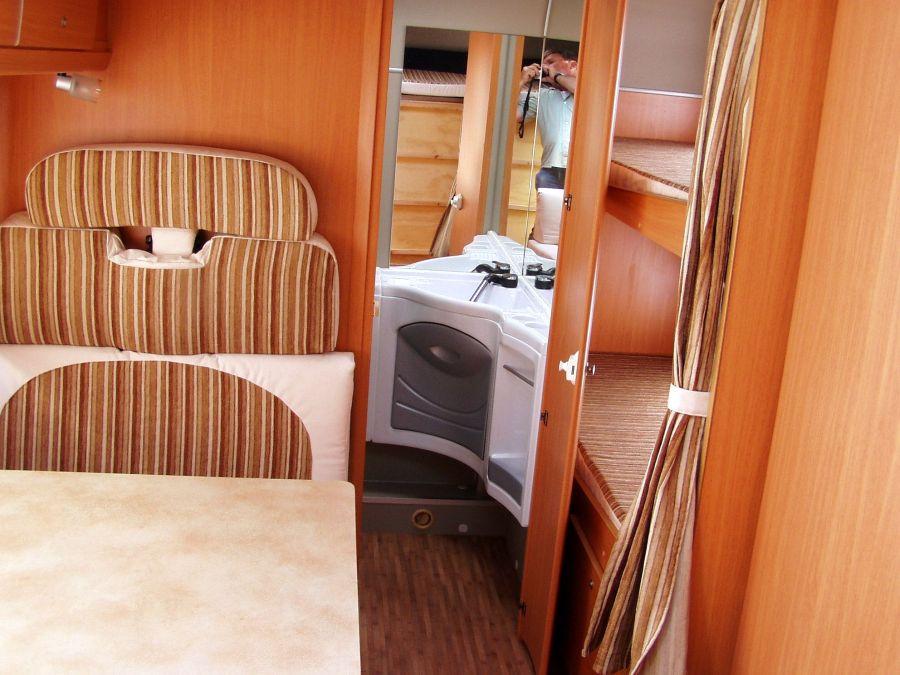 wohnmobil dusche nachrusten m bel und heimat design. Black Bedroom Furniture Sets. Home Design Ideas