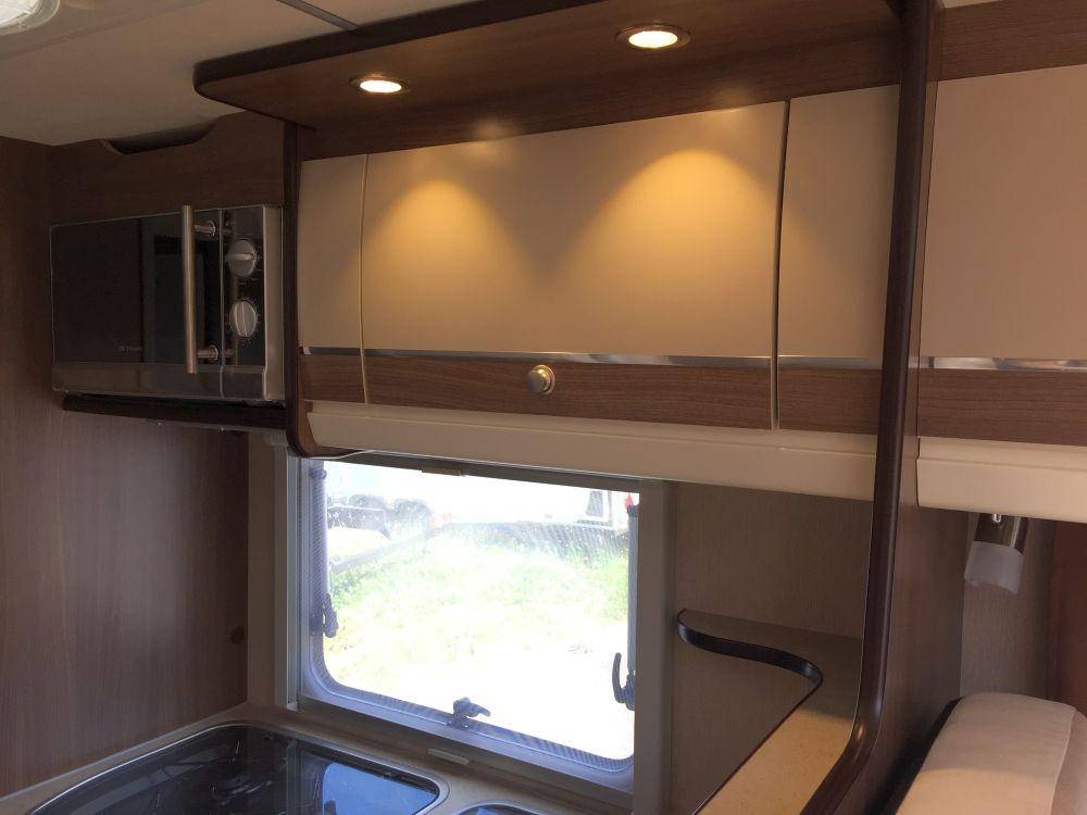 stauber motorhomes binom alkoven. Black Bedroom Furniture Sets. Home Design Ideas