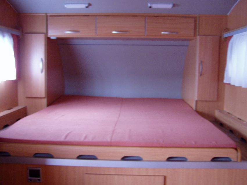 stauber motorhomes extreme wohnw sattelschlepper. Black Bedroom Furniture Sets. Home Design Ideas